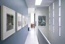 Aesthetic-improvement-hallway-photo-05