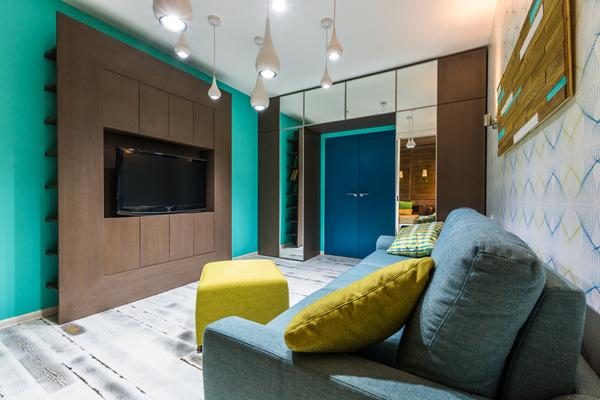 Ограниченность яркого оттенка - основное правило в оформлении комнаты
