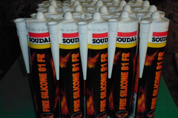 Огнестойкий нейтральный герметик на силиконовой основе «SOUDAL Fire Silicone B1 FR»
