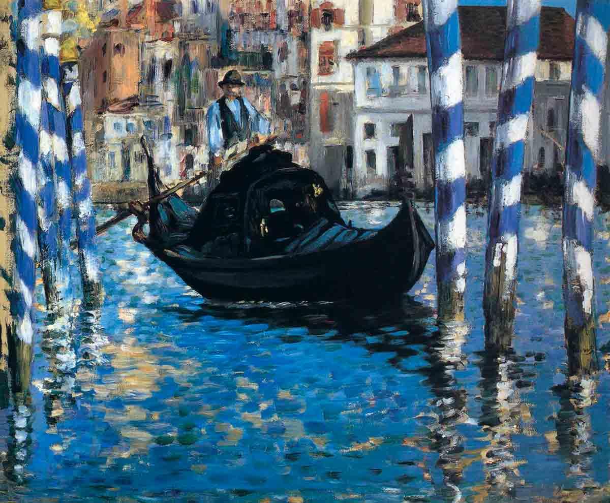голубой канал в Венеции