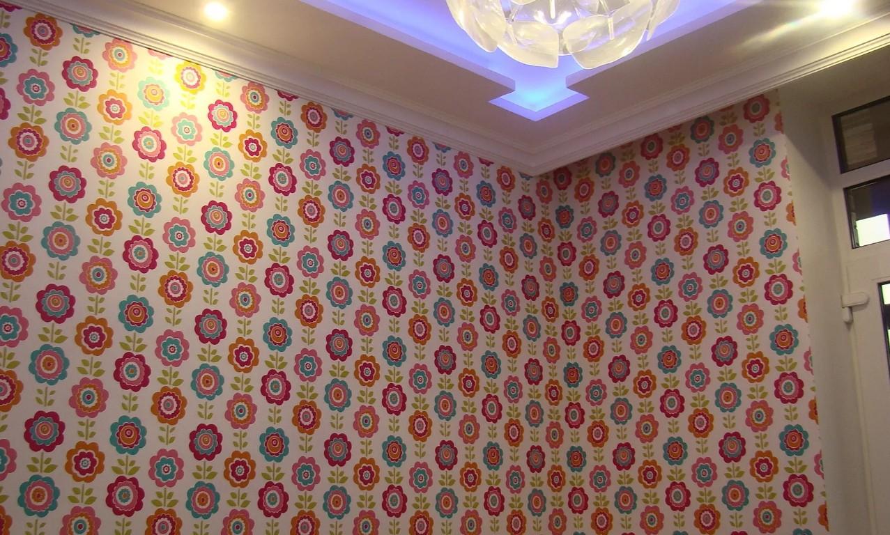 Багет в цвет потолка