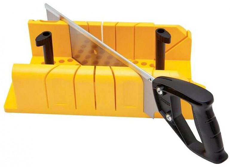 Стусло - инструмент для резки плинтуса