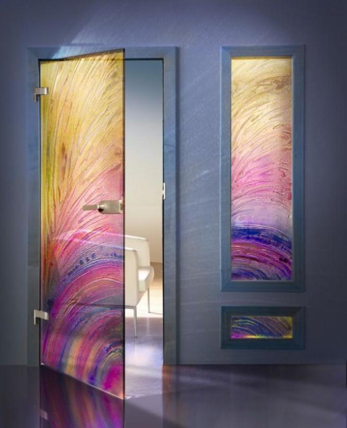 Варианты дизайна дверей в ванную комнату после обновления своими руками, пример 3